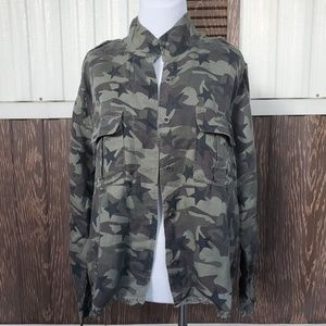NWT Rails Camo Star Print Military Shirt Jacket S
